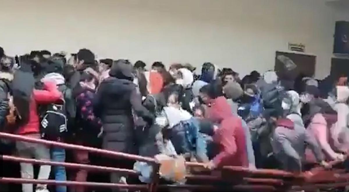 Tragedia en Bolivia: cinco universitarios cayeron del cuarto piso tras la rotura de una baranda