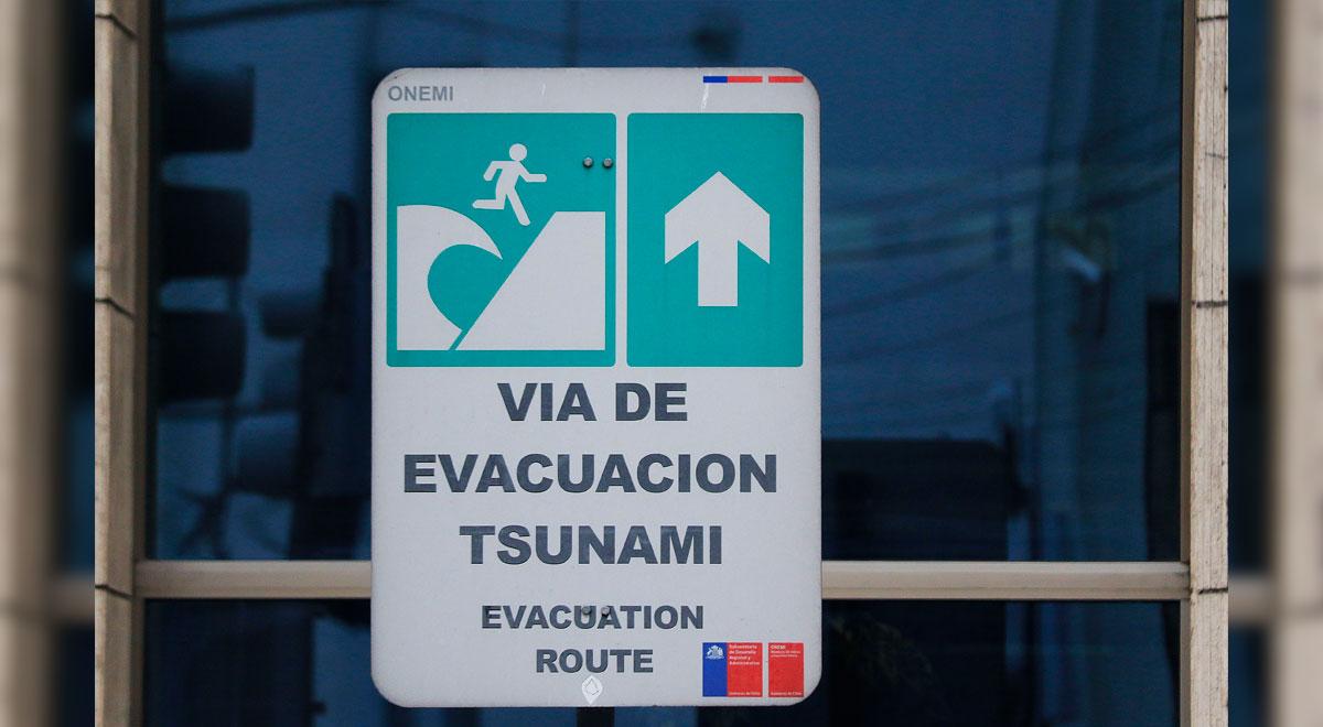 """Chile: decretan """"Alerta roja"""" ante amenaza de tsunami tras terremotos en Nueva Zelanda"""