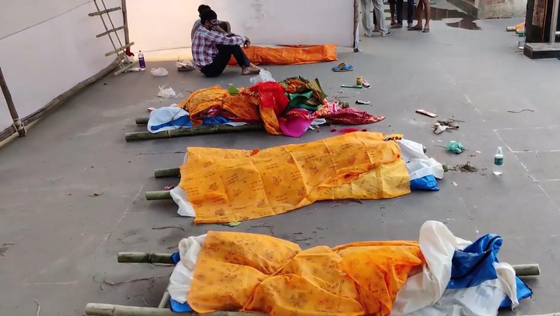 India: apilan cadáveres en las calles ante colapso de crematorios por la pandemia del COVID-19
