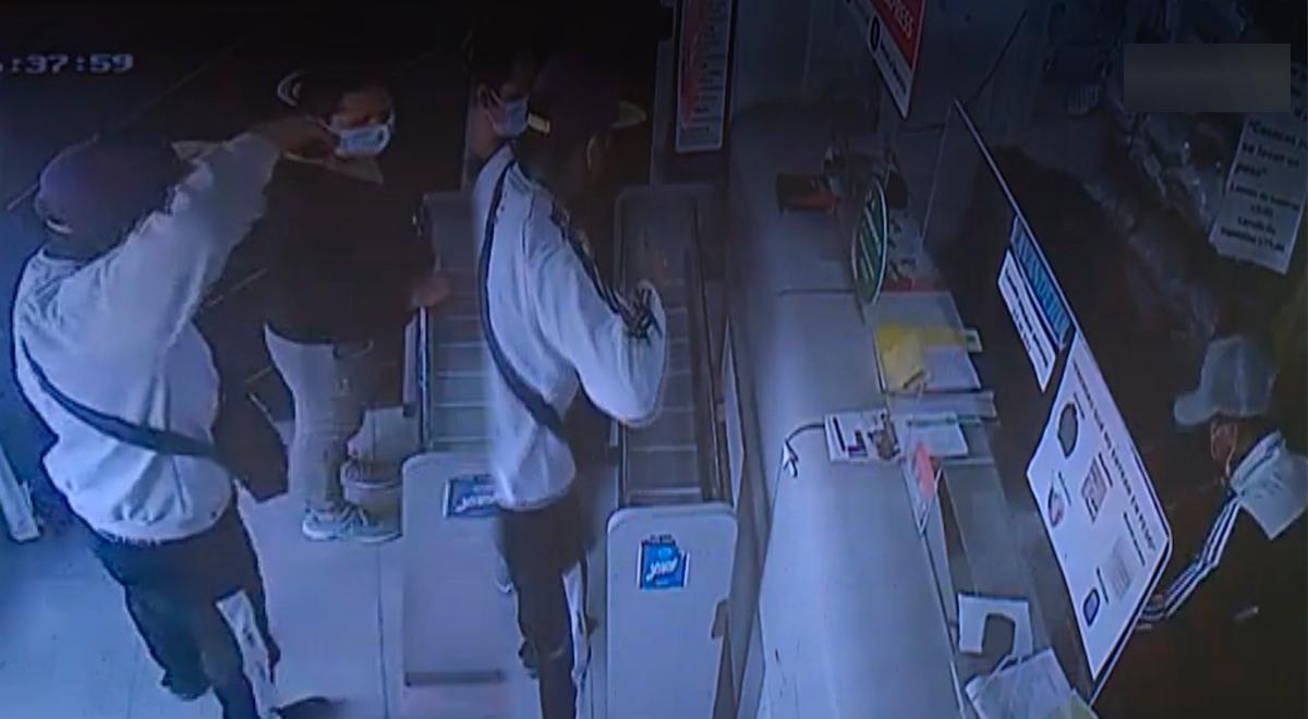 VMT: Delincuentes a mano armada robaron 5 mil soles de una lavandería [VIDEO]