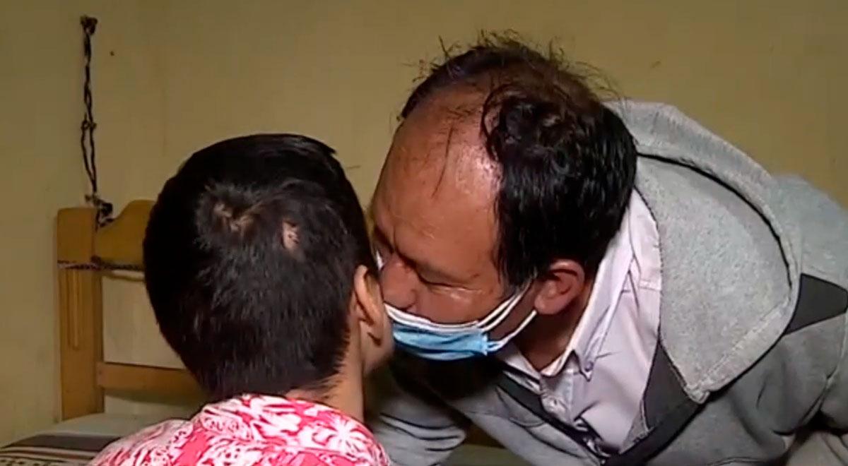 """""""Lo protegeré por el resto de mi vida"""": padre pide ayuda para su hijo con autismo y esclerosis"""